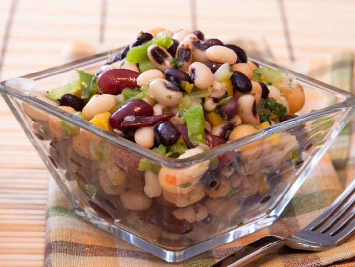 Insalata estiva di legumi - Credits: Shutterstock