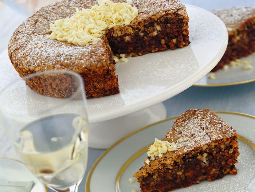 torta-di-meringa-ai-datteri ricetta