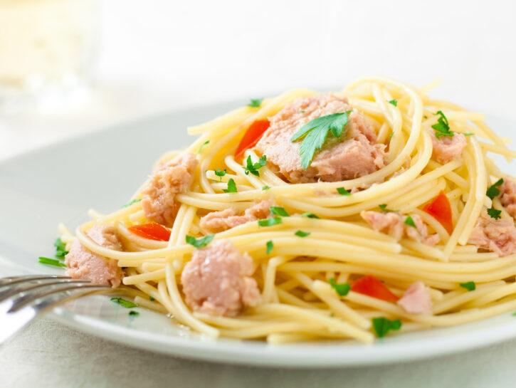 Spaghetti semplici al tonno