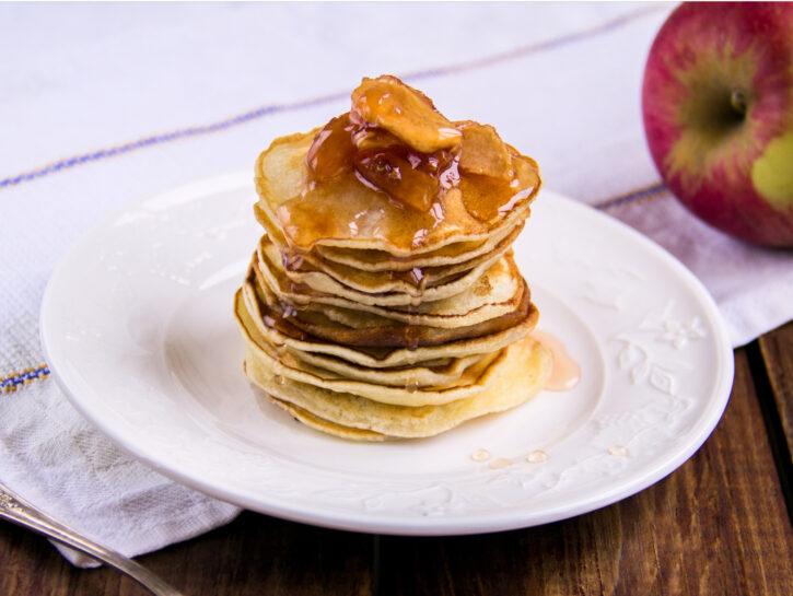 Pancakes alla composta di mele - Credits: Shutterstock
