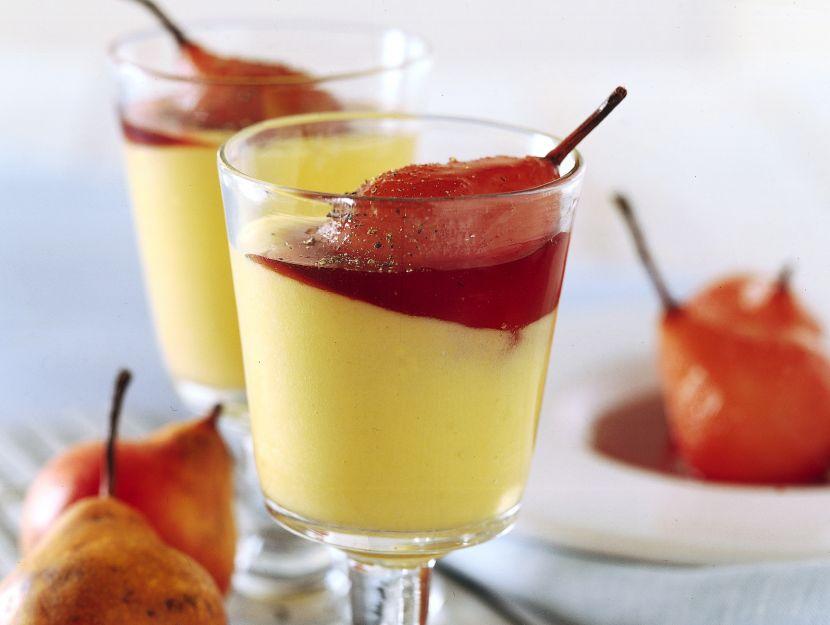 pere-al-vino-rosso-con-salsa-di-vaniglia