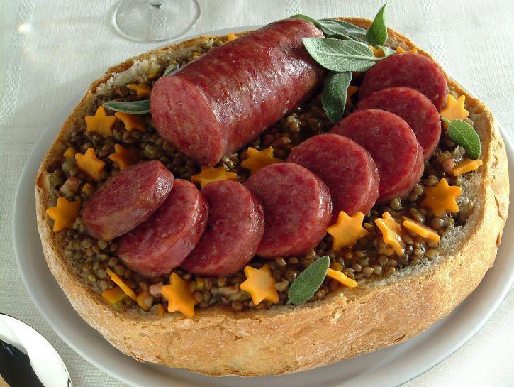 cotechino-e-lenticchie-nel-pane