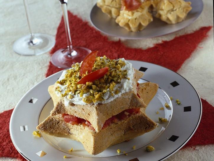 stelle-salate-farcite-al-formaggio foto