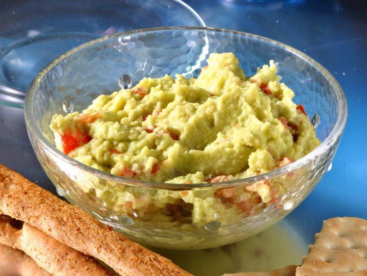 guacamole-o-crema-di-avocado preparazione