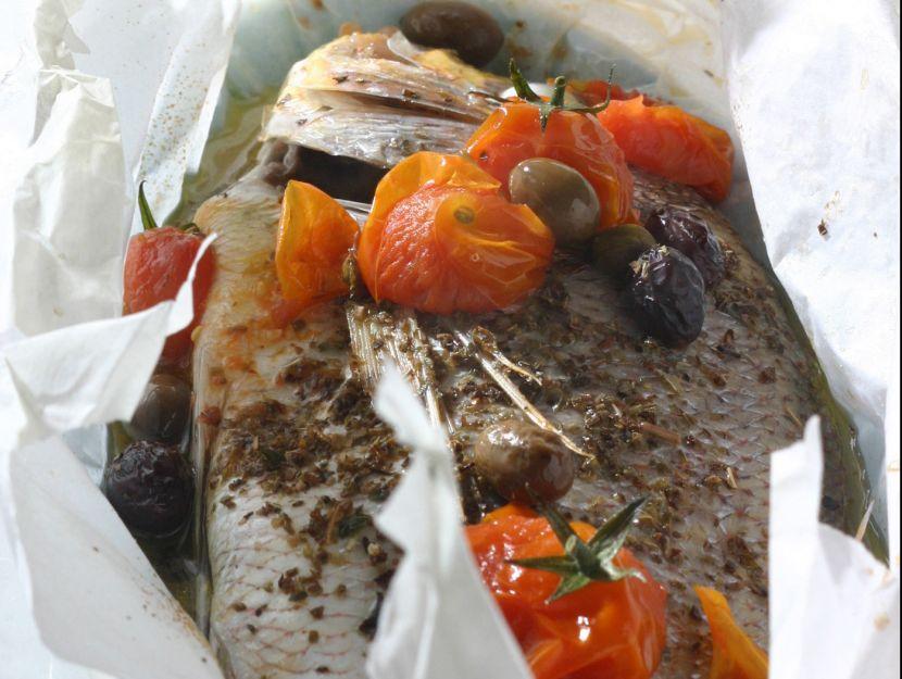 pesce-al-cartoccio-alla-mediterranea step