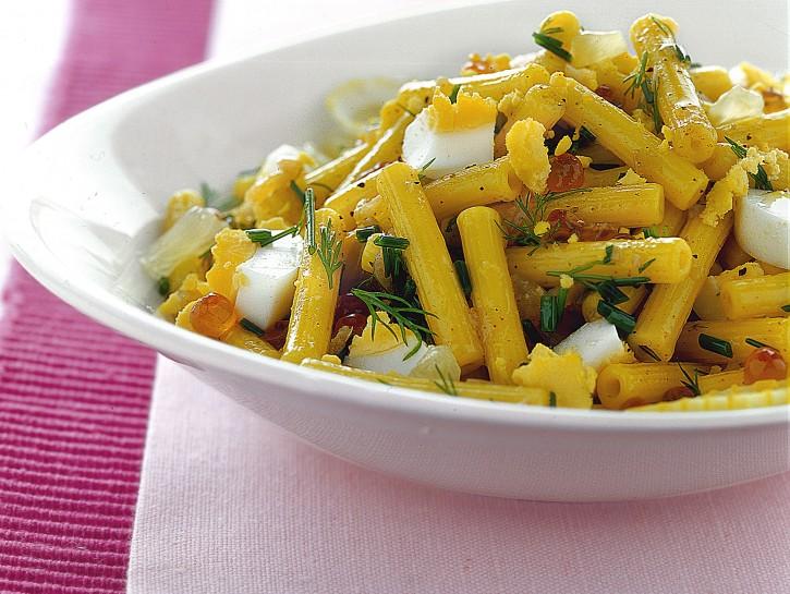 sedanini-al-limone-e-mimosa-di-uova-sode ricetta