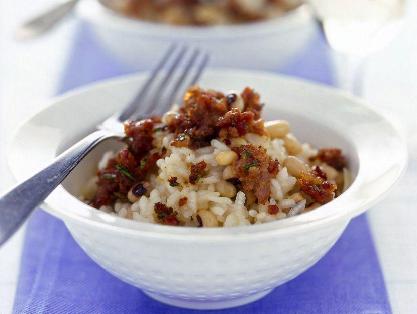 risotto-con-fagioli-dallocchio-e-salsiccia