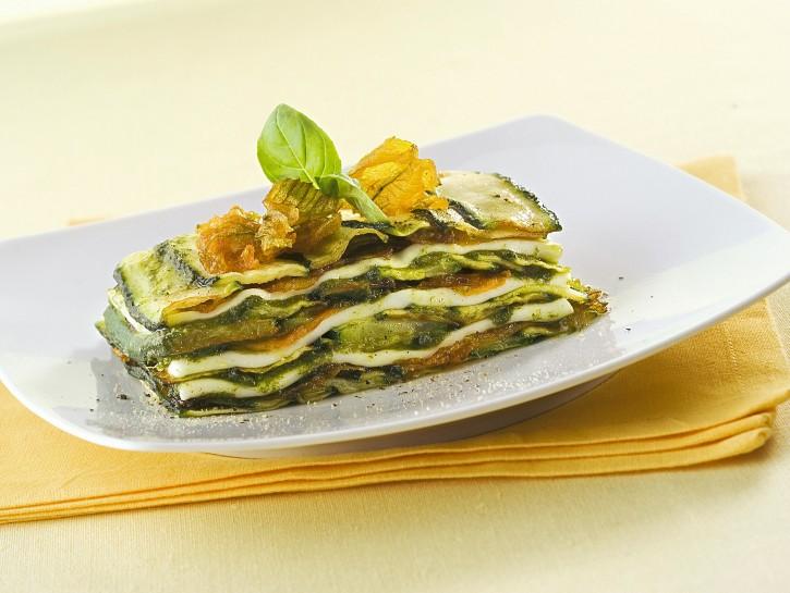 parmigiana-di-zucchine-e-fiori-al-pesto