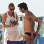 In spiaggia il nudo non c'è più. Ecco chi è in e chi è out