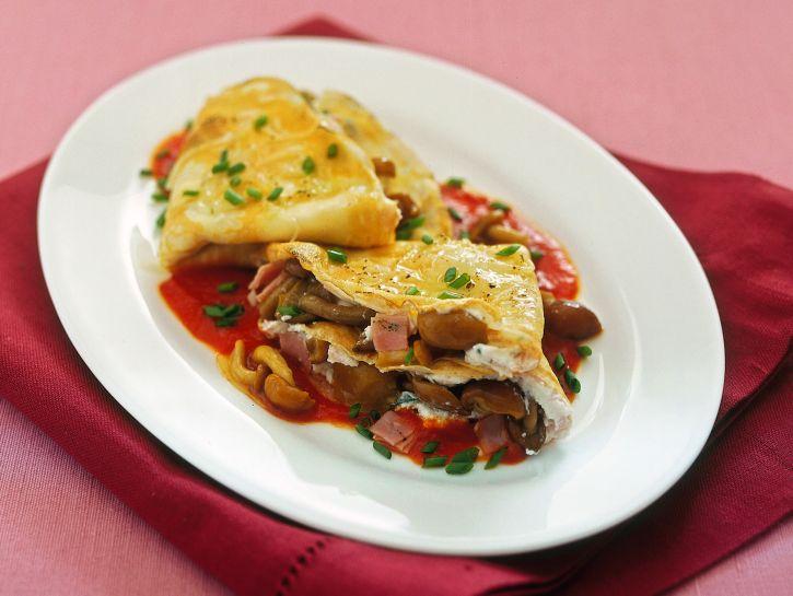 crespelle-con-chiodini-e-ricotta-in-salsa-rossa