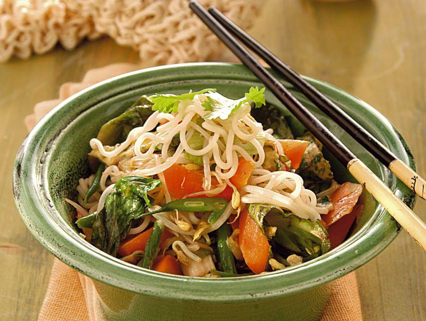 noodles-con-verdure-e-zenzero