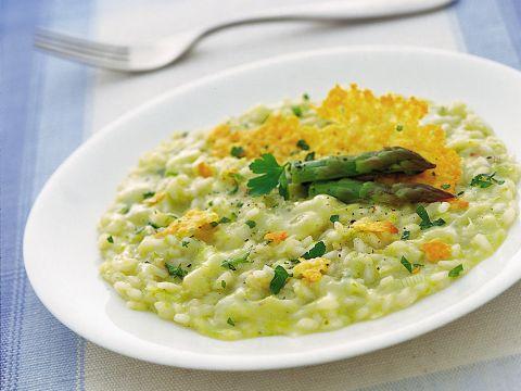 Come cucinare il risotto agli asparagi: 8 ricette