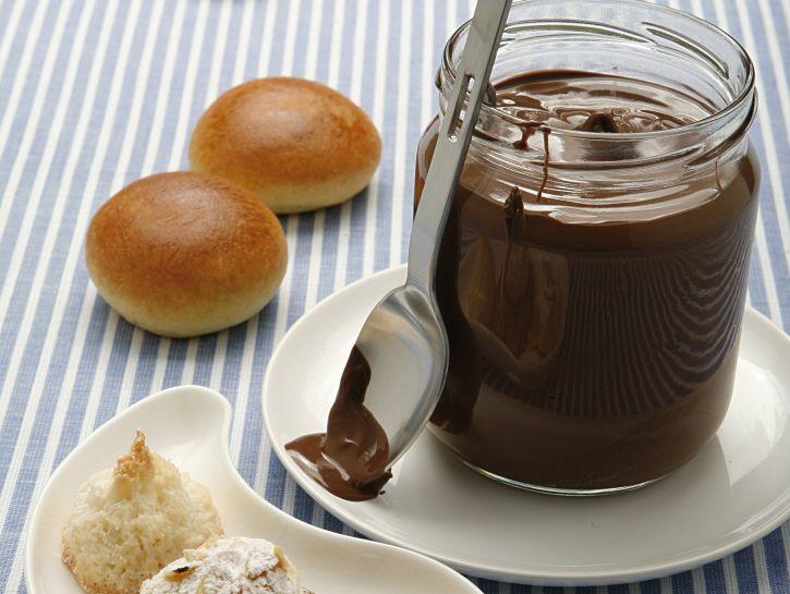crema-di-cioccolato-alle-nocciole