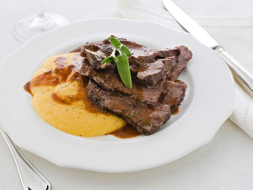 brasato-al-vino-alla-piemontese ricetta