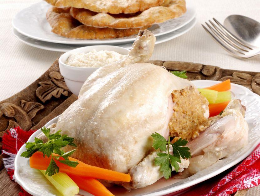 pollo-ripieno-con-pinoli-e-noci