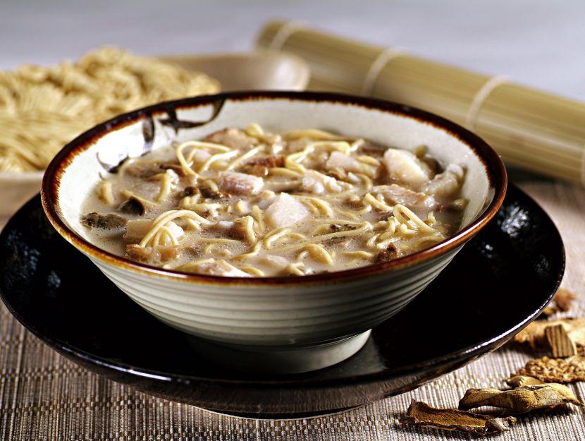 zuppa-birmana-ai-noodles foto
