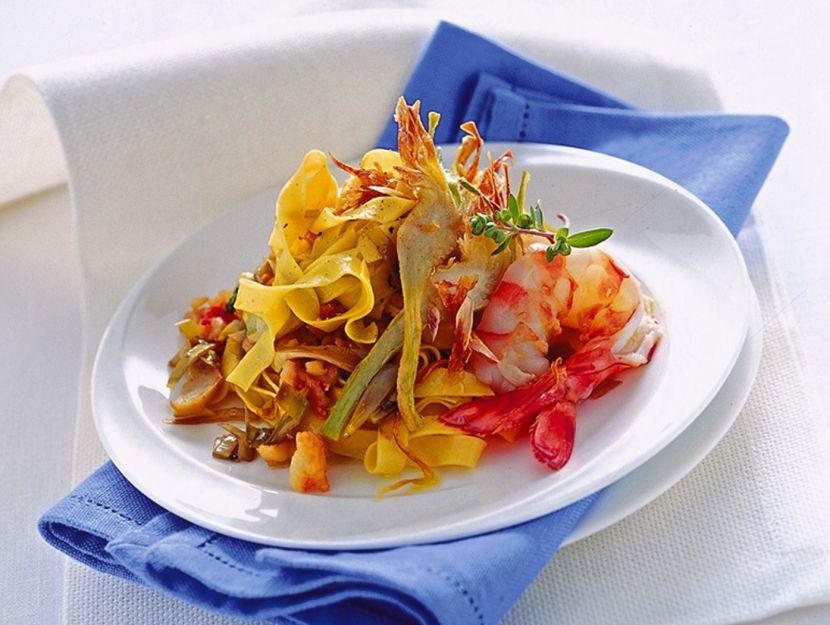 tagliatelle-con-sugo-di-carciofi-e-mazzancolle ricetta