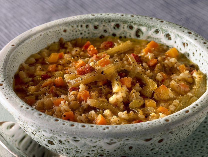 minestra-di-cereali-con-sedano-verde