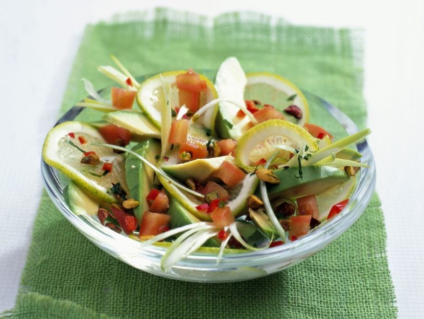 insalata-di-avocado-pomodori-e-cipollotti