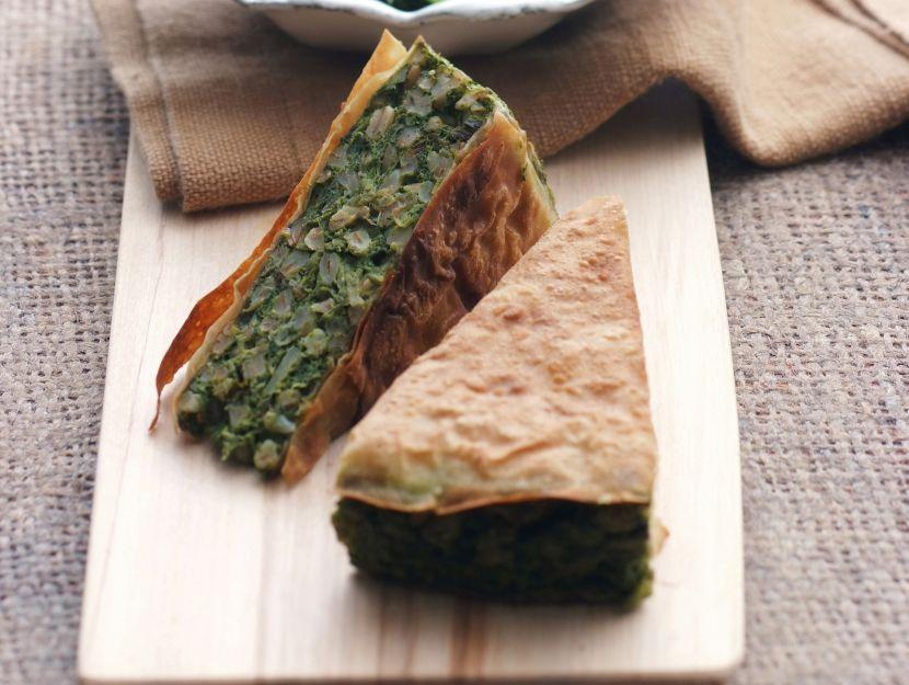 torta-al-farro-e-erbe-selvatiche