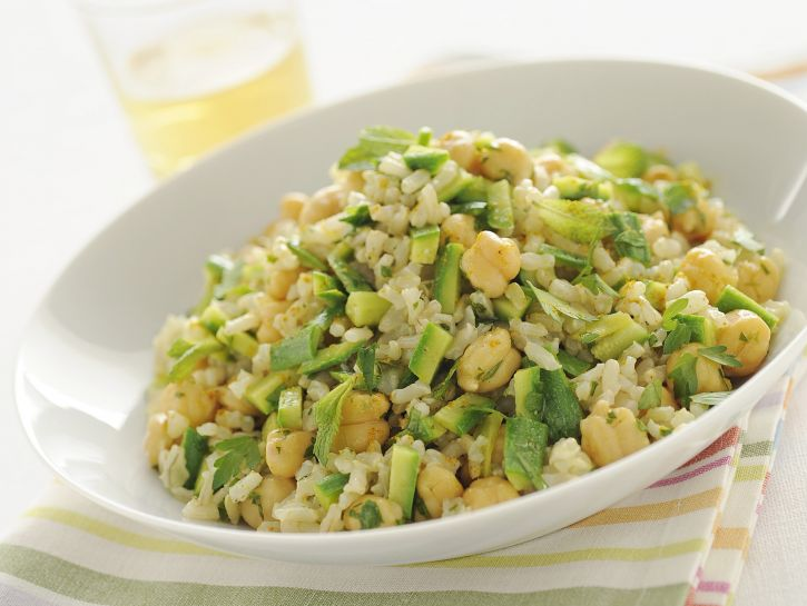 insalata-di-riso-integrale-zucchine-e-ceci immagine