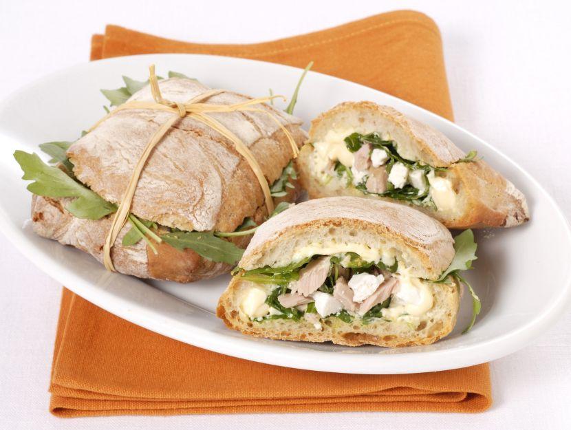 sandwich-farciti-al-tonno foto