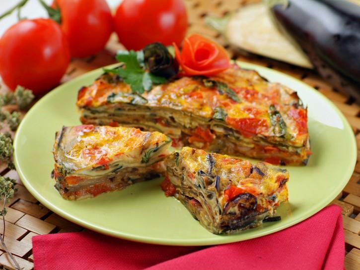 torta-di-melanzane-con-uova-e-basilico immagine