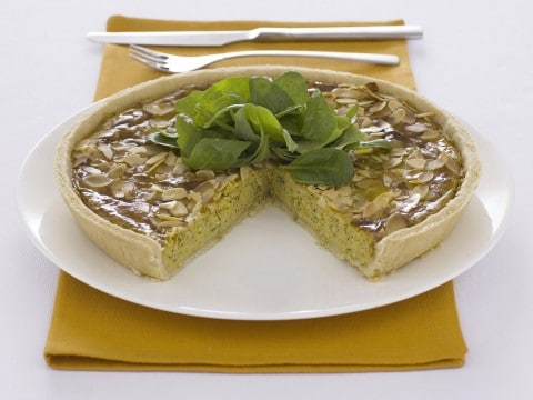 Torta salata al pesto