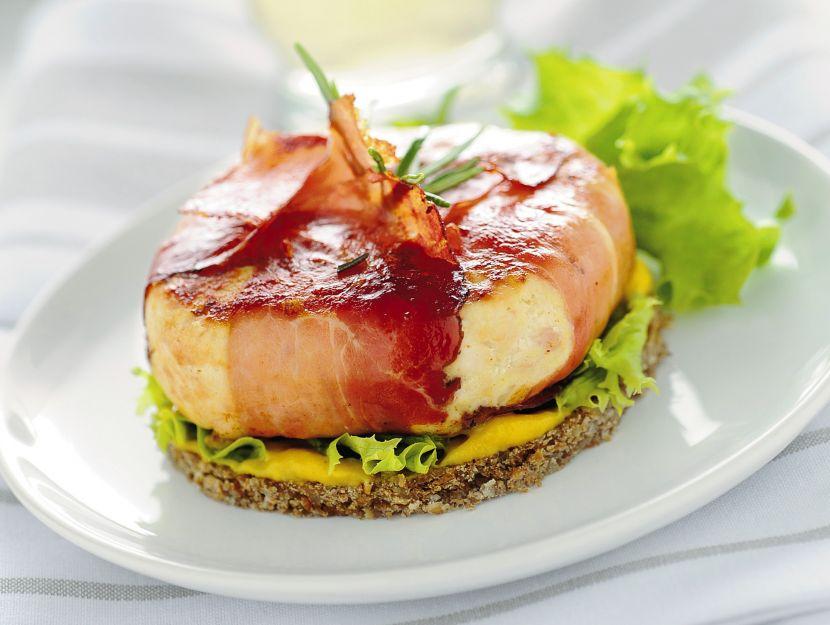 hamburger-di-pollo-allo-speck immagine
