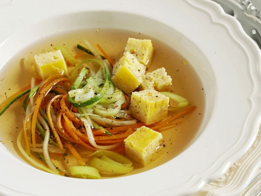 zuppa-imperiale-in-consomme ricetta