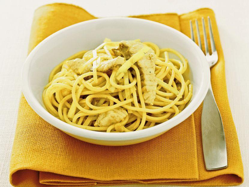 spaghetti-con-ragu-di-rana-pescatrice