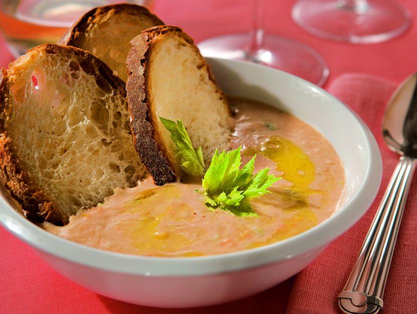 zuppa-di-fagioli-sul-pane