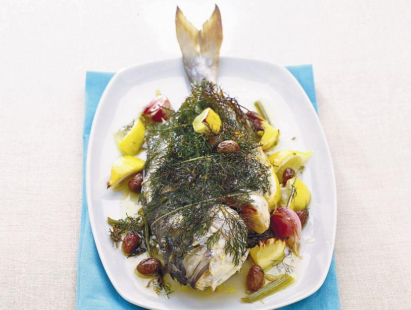 orate-al-limone-con-olive-e-finocchietto foto