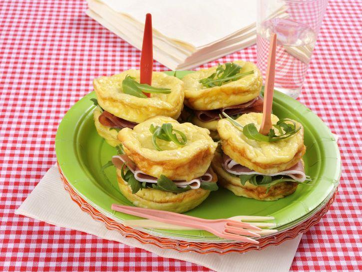 sandwich-di-frittatine-al-prosciutto foto
