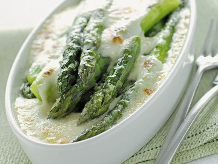 asparagi-al-gratin-con-bresciamella
