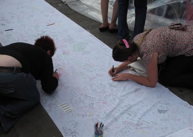 Goodbye Jacko: lutto fra i fan di tutto il mondo