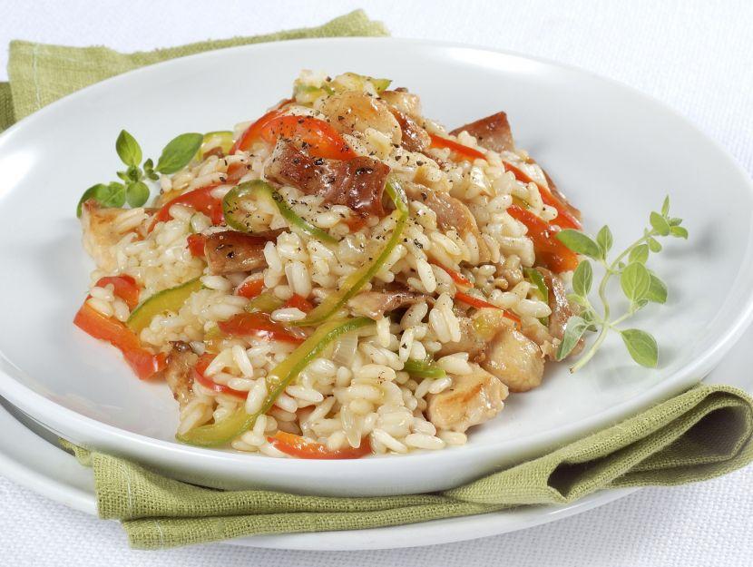risotto-con-peperoni-rossi-e-verdi-alla-maggiorana