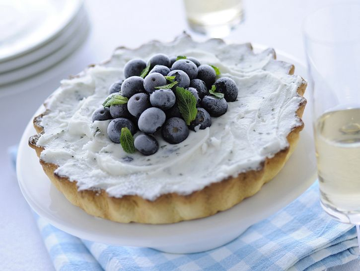 crostata-allo-yogurt-e-mirtilli immagine