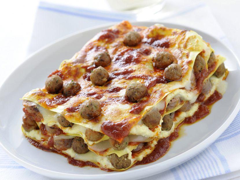 lasagne-con-polpettine-alla-napoletana immagine