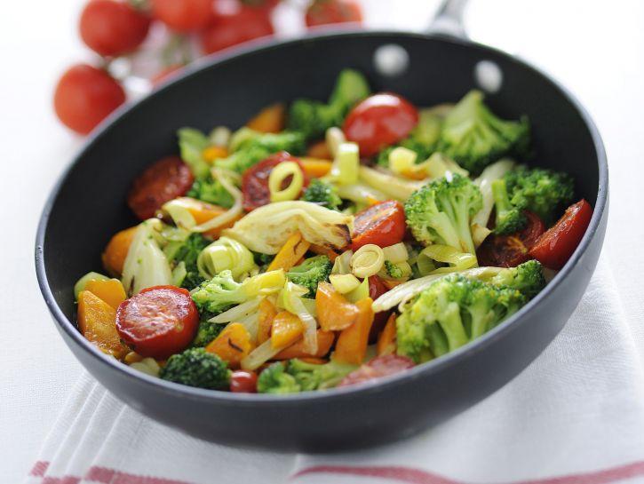 misto-di-verdure-spadellate immagine
