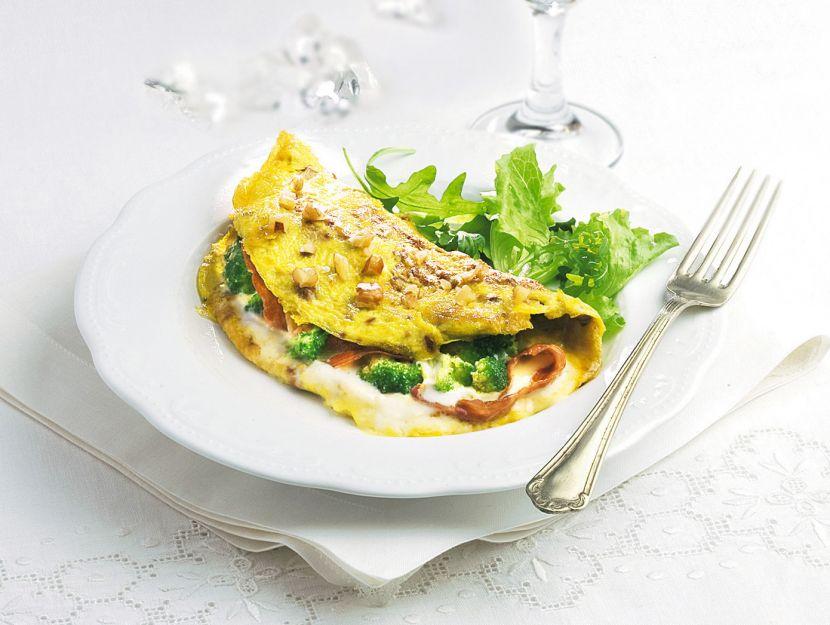 omelette-con-speck-e-crescenza