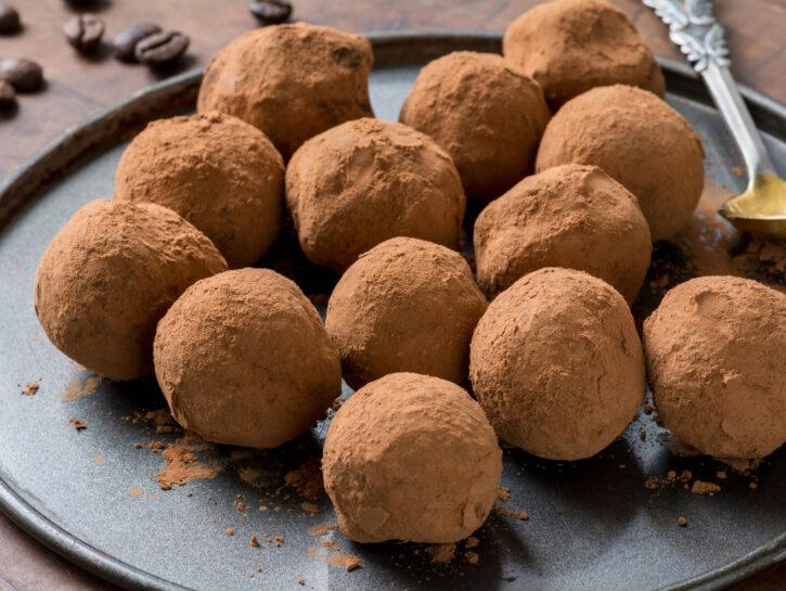 Tartufi al cioccolato fondente - Credits: Olycom