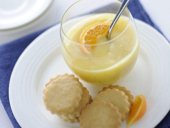 crema-al-mandarino-con-biscottini immagine