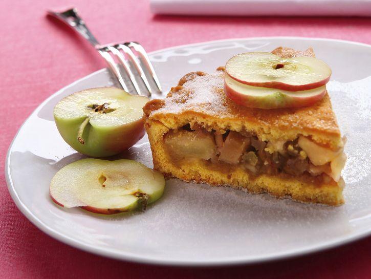 crostata-allolio-con-mele-e-frutta-secca preparazione
