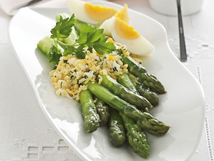 asparagi-verdi-mimosa preparazione