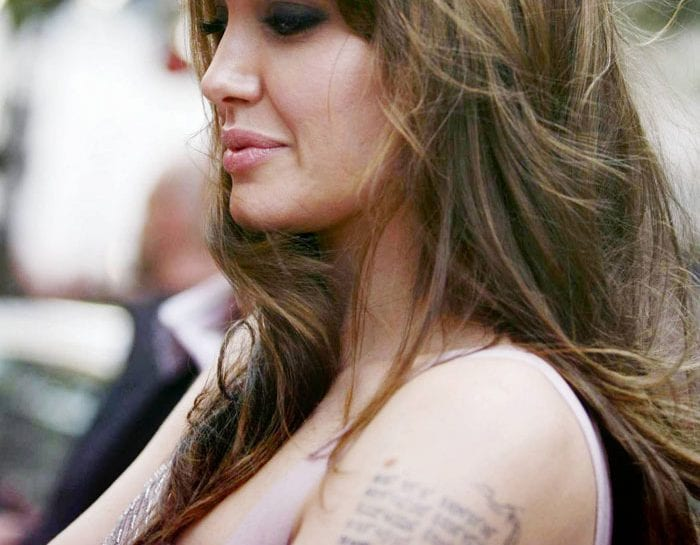 angelina-jolie-tatuaggi-02