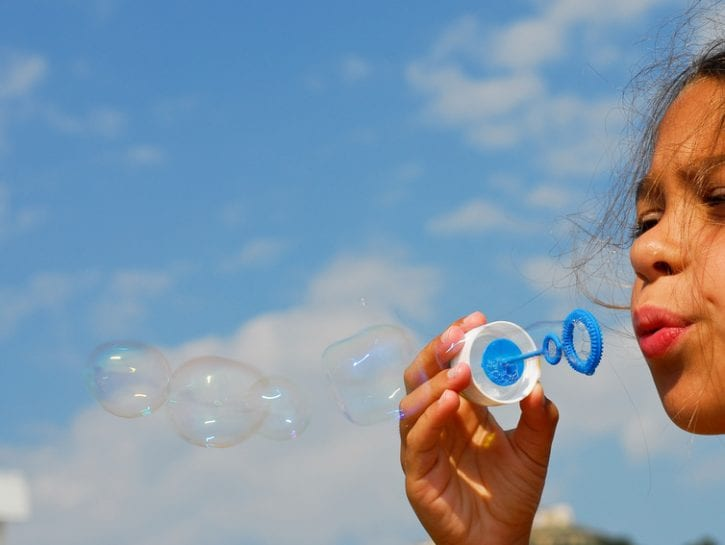 bolle-sapone-giochi-bambini-parco