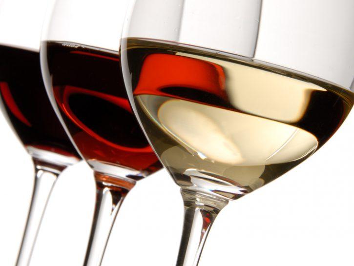 vino-calice-bianco-rosso-rosé