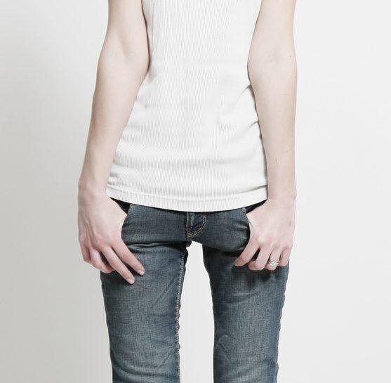anoressia-bulimia-timidezza-adolescenti-dimagire-canotta