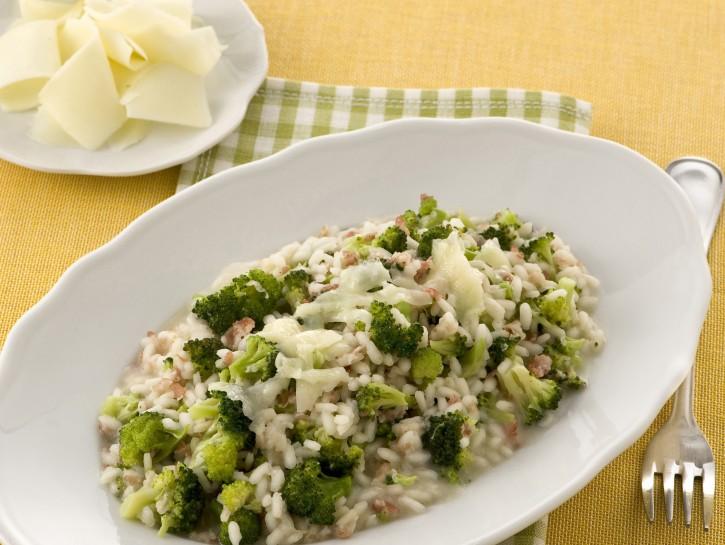 Ricetta Risotto Broccoli.Risotto Ai Broccoletti E Pancetta Donna Moderna